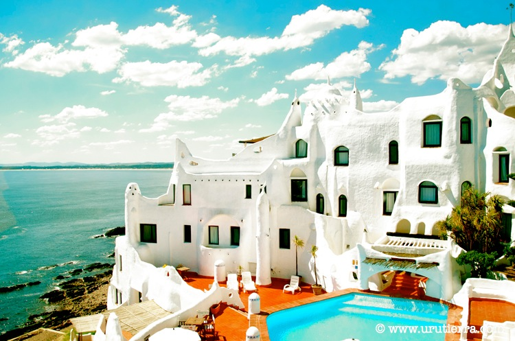 Un mundo de fantasia casapueblo uruguay uruguay a - Casa pueblo fotos ...